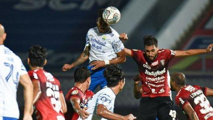 Aksi penyerang Persib Bandung, Wander Luiz saat membela timnya di pekan ketiga BRI Liga 1 2021 melawan Bali United yang berakhir dengan skor imbang 2-2 di Stadion Indomilk, Sabtu (18/9) malam.