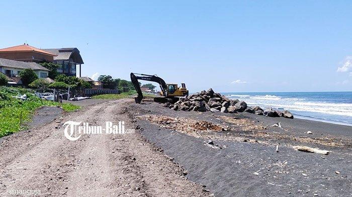 Nelayan Gumicik Sambut Hangat Pembuatan Tanggul Pantai Gianyar-Denpasar