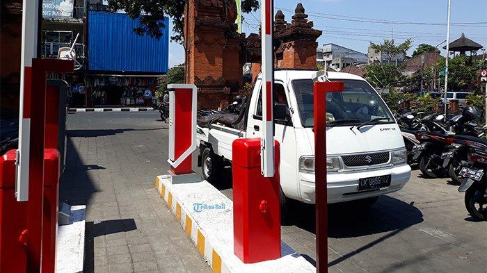 Penerapan Parkir Elektronik di Pasar Kumbasari Dimulai Senin Depan, Ini Tarifnya