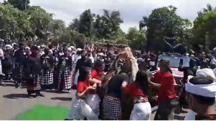 Diduga Gelar Kegiatan Menyimpang dari Dresta Hindu Bali, Ashram di Desa Alasangker Buleleng Ditutup