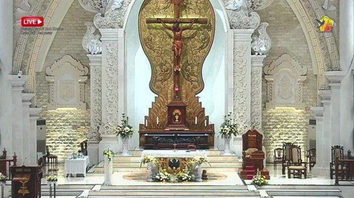 Umat Nasrani Peringati Hari Kenaikan Isa Al Masih di Gereja Katedral Denpasar,Wartakan Kabar Gembira