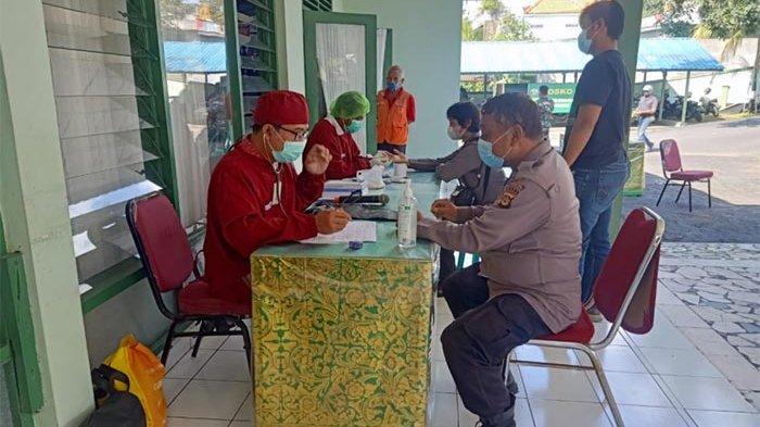 Sinergitas Anggota Polri dan TNI di Karangasem Bali, Polisi Sambangi Markas Kodim untuk Donor Darah