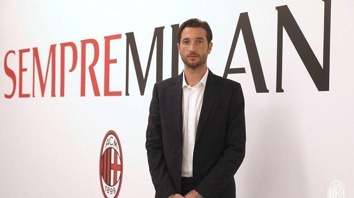 Antonio Mirante sang kiper baru AC Milan yang didatangkan ke San Siro setelah Mike Maignan absen lantaran pemulihan dari operasi pergelangan tangan.