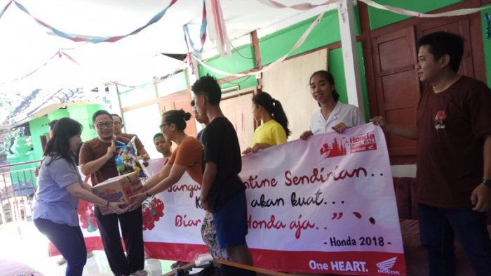 Senyum Anak Panti Asuhan Di Hari Kasih Sayang Bersama Astra Motor Bali