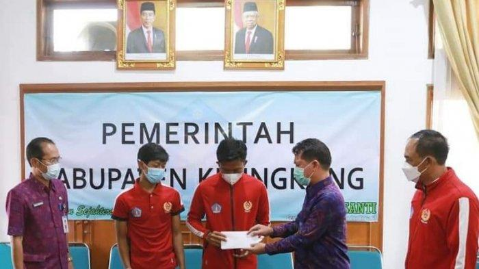 Lolos Seleksi, Dua Atlet Softball Klungkung Perkuat Tim Bali Ikuti Kejurnas di Jakarta