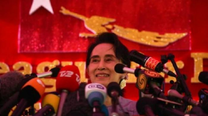 Aung San Suu Kyi Dituntut Militer Myanmar atas Kepemilikan Walkie Talkie