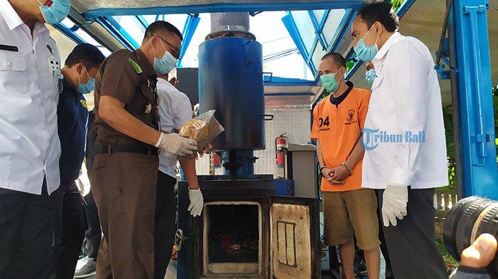 BNN Provinsi Bali Musnahkan Barang Bukti 90 Gram Sabu dan Ganja Seberat 859,42 Gram