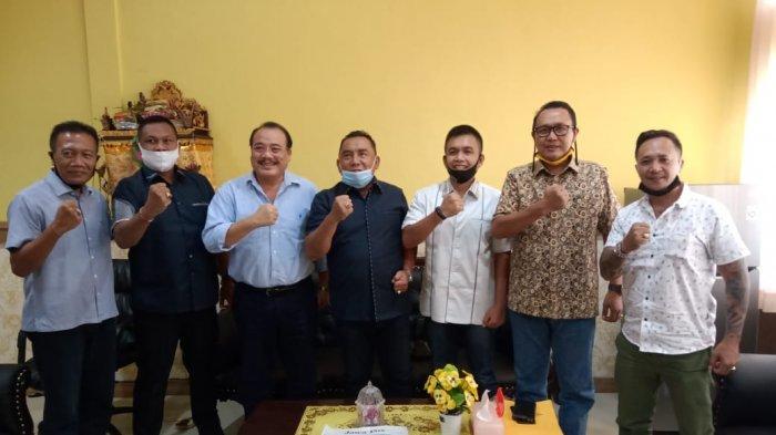 Tamba-Ipat Lobi Parpol, Sowan ke Golkar Bali Minta Restu Maju Pilkada Jembrana