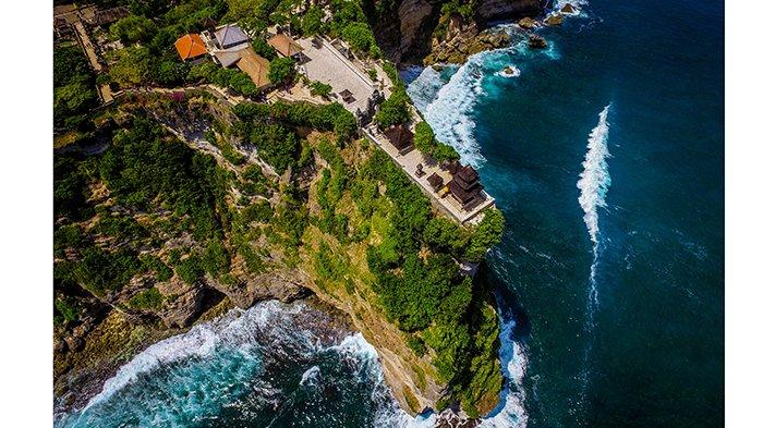 Drone dan Kesakralan Bali, Ada yang Menyebut Leteh, Tapi Kini Digunakan Memantau Gunung Agung
