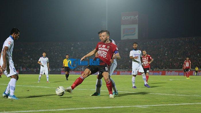 Persib Bandung Takluk 2-3 dari Bali United, Umuh Muchtar Soroti Keputusan Wasit, Ada Bukti Video