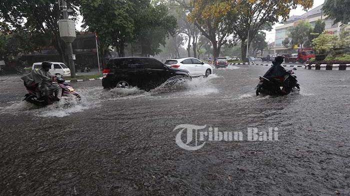 Hujan Lebat Diprediksi Terjadi di Bagian Utara, Tengah dan Timur Bali, Waspadai Gelombang Tinggi