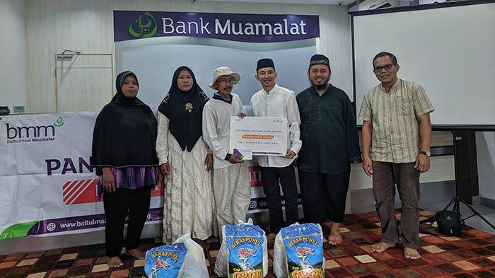 Bank Muamalat Denpasar Salurkan Dana Zakat Pangan Untuk Dhuafa (PAUD)