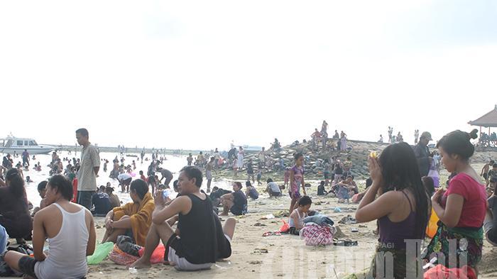 Banyupinaruh, Pantai di Gianyar Ditutup, Kapolsek Gianyar: Ini Untuk Melindungi Masyarakat