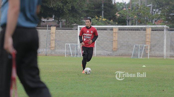 Pemain Bali United GDCMenikmati Waktu Bersama Keluarga Selama di Rumah Aja Karena Corona