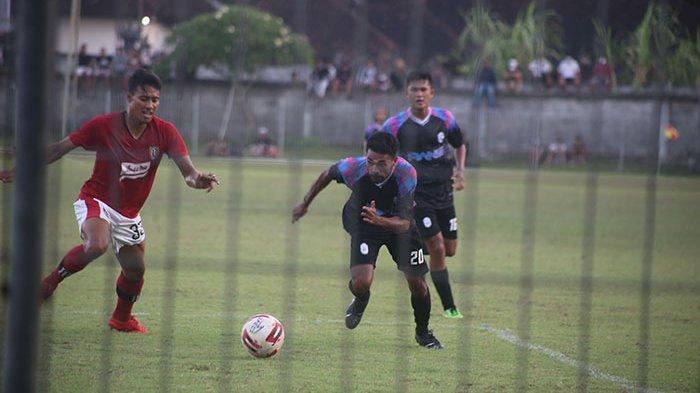 RANS Cilegon FC Kalah 1-0 dari Bali United Saat Uji Coba, Raffi Ahmad dan Hamka dkk Nonton di Tribun