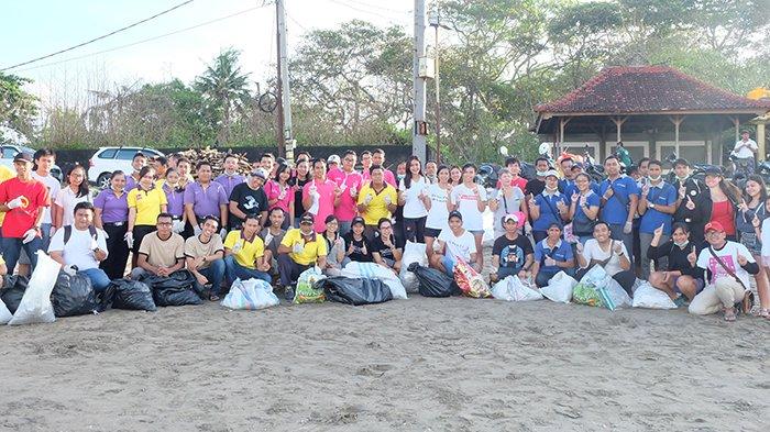 Aston Canggu Beach Resort Berpartisipasi Dalam Bali's Biggest Clean-up Event