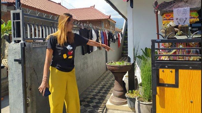 Pria Bermotor Tertangkap Kamera CCTV Mencuri Celana Dalam di Desa Kalibukbuk Buleleng
