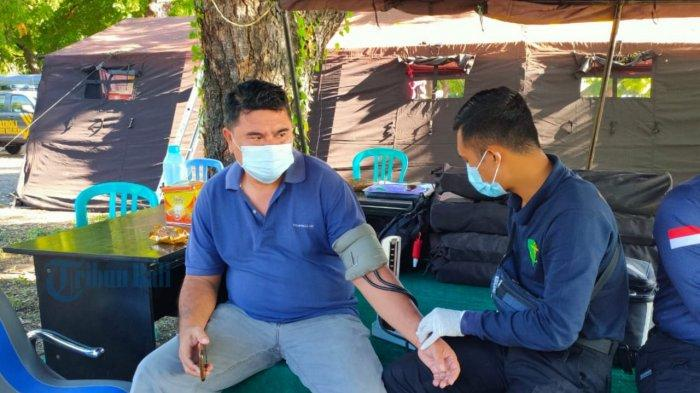 UPDATE: Biddokkes Polda Bali Periksa Kesehatan Anggota yang Siaga di Celukan Bawang Buleleng