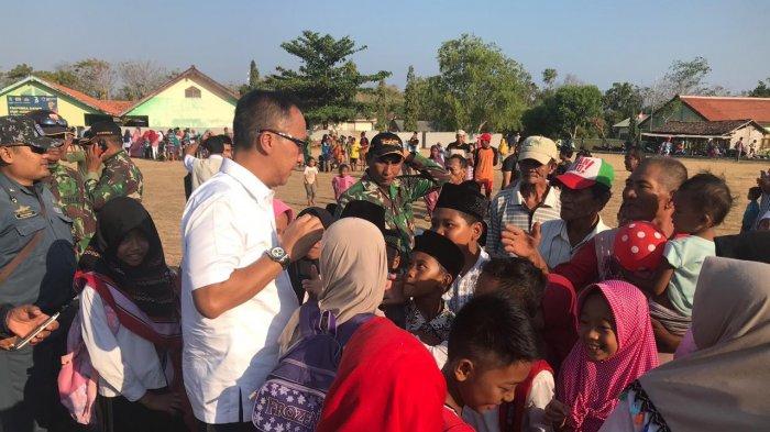 Mensos Agus Kunjungi Korban Gempa di Jawa Timur, Beri Santunan Kepada Ahli Waris Korban Meninggal