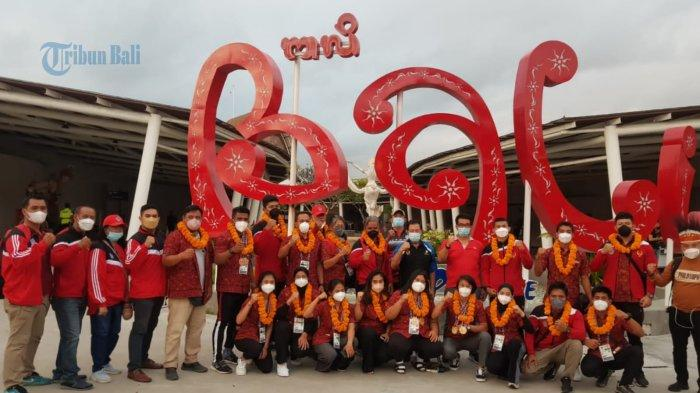Atlet Bali Torehkan Prestasi Pada Ajang PON XX Papua 2021, Kadisidikpora Langsung Sambut di Bandara
