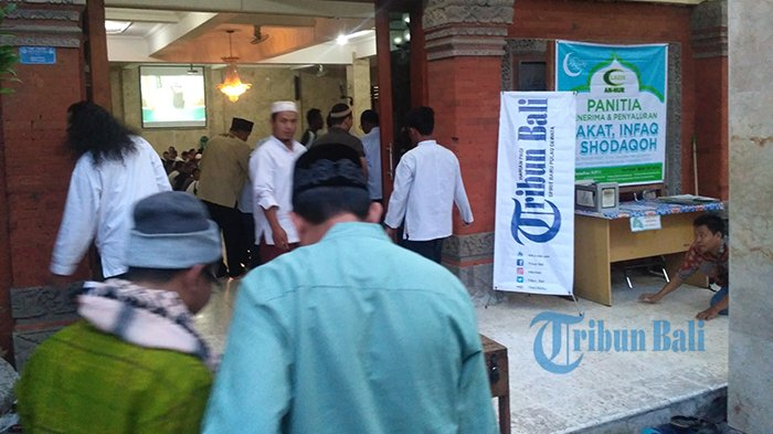 Semarak Ramadan, Tribun Bali Buka Puasa Bersama Bareng Jemaah Masjid An-Nur Denpasar