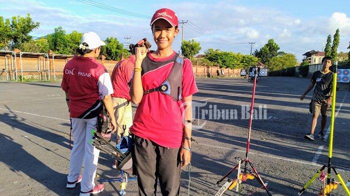 Cika Raih Medali Emas Kejurnas Panahan Gubernur AAU Open 2019