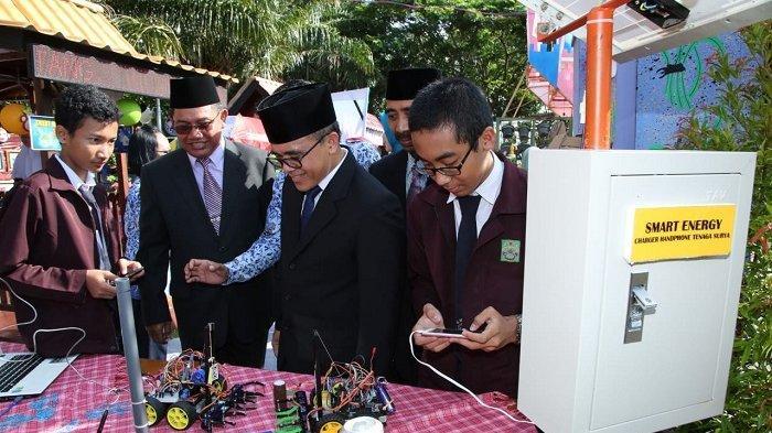 Anas Sebut Hardiknas adalah Momentum untuk BudayakanRevolusi Industri 4.0