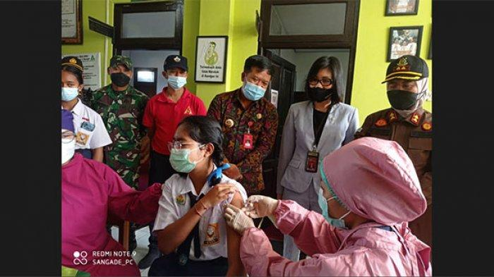 Gertak Vaksinasi Sasar Anak Usia 12-17 Tahun, 60 Siswa SMP di Bangli Mendapat Vaksin Covid-19