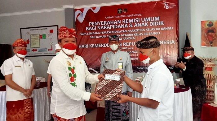 Terima Remisi Umum, Empat Warga Binaan di Bangli Langsung Bebas Hari Ini