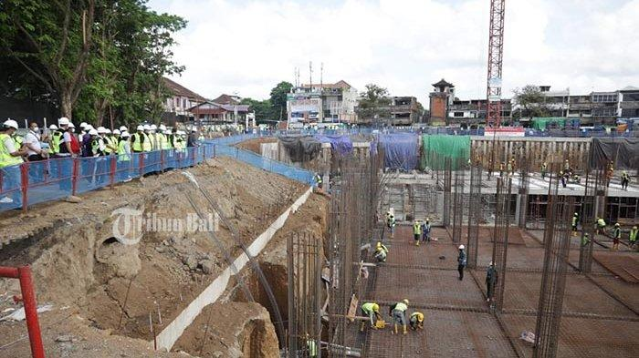 Tinjau Proyek Pembangunan Pasar Umum hingga Jembatan Siangan,Bupati Gianyar Sebut Sesuai Target