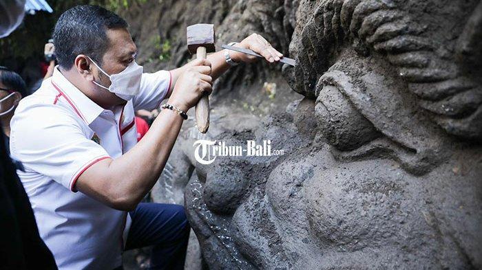 Buat Relief Sejarah Desa, Desa Mas Gianyar Angkat Kisah Perjalanan Maharsi Agastya
