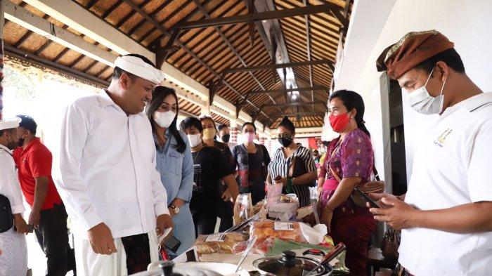 UMKM Kuliner Gianyar Ikuti Pameran IKM Bali Bangkit III, Salah Satunya Ada Babi Guling Pande Egi