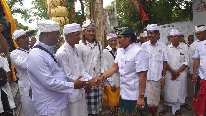 Bupati Giri Prasta Hadiri Karya Mamungkah Pura Pasek Tohjiwa Desa Tanguntiti Selemadeg