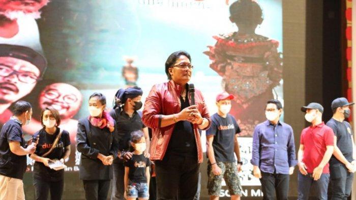Hadiri Pemutaran Film Lampah Solah & Dua Sisi, Bupati Badung Apresiasi Seniman yang Tetap Produktif