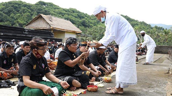 Peringati Hari Jadi ke 4 Tahun, Bupati Giri Prasta Harapkan Semeton Dulang Mangap Fokus Ngayah