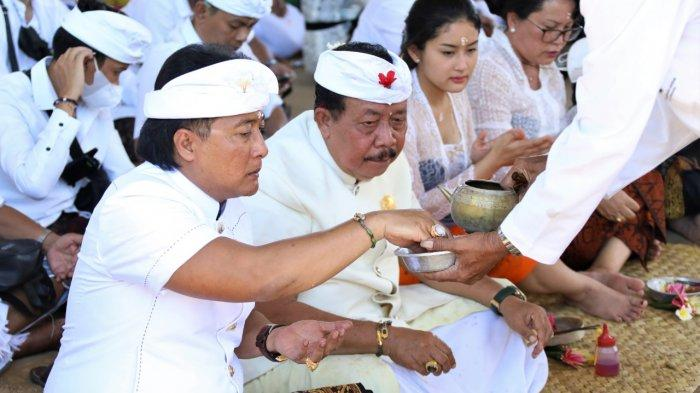 Bupati Giri Prasta Ajak Semeton Pasek Bersatu Membangun Bali dan NKRI