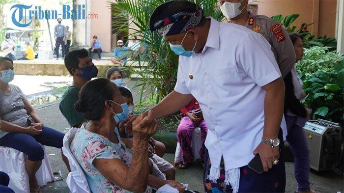 Gebyar Vaksinasi di Jembrana, Bupati Tamba Minta Sekaa Jegog Turut Dilibatkan