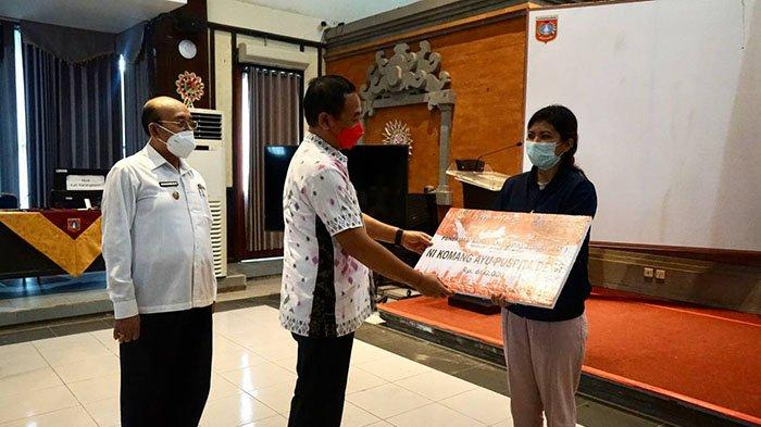 Pemkab Karangasem Distribusikan Paket Bantuan untuk 51.427 KK, Bupati: Jangan Sampai Salah Sasaran