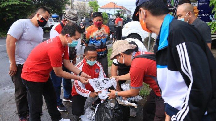 Bupati Suwirta Geram Masih Dapati Warga Buang Sampah Sembarangan