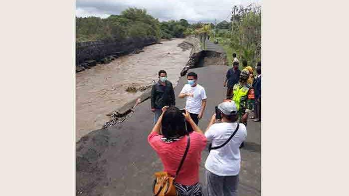 BERITA FOTO: Bencana Banjir di Bali 10 Oktober 2020, Ada Rumah Terendam Setinggi 2.5 Meter