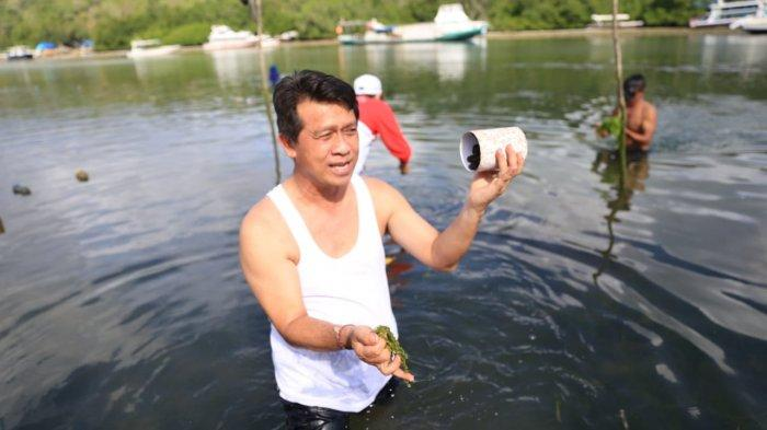 Bupati Suwirta Harapkan Kerang Abalon Dapat Menjadi Seafood Unggulan di Nusa Penida