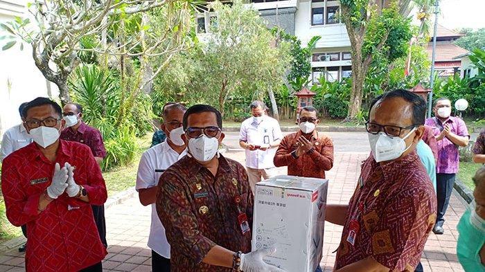 Pemkab Tabanan Terima Bantuan 6 Konsentrator Oksigen, Masker dan Sejumlah Dana dari CSR