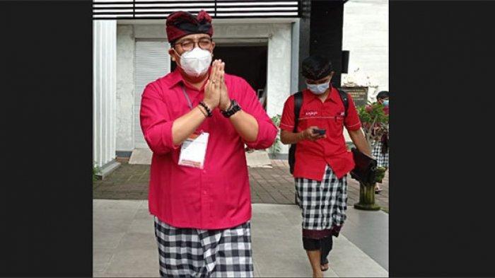 Lebih Dekat dengan Komang Gede Sanjaya, Bupati Tabanan Terpilih yang Bergelar 'Doktor Pasraman'