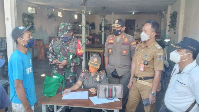 Cegah Penularan Covid-19, Sidak Prokes di Peguyangan Kangin Denpasar, 17 Orang Didenda di Tempat