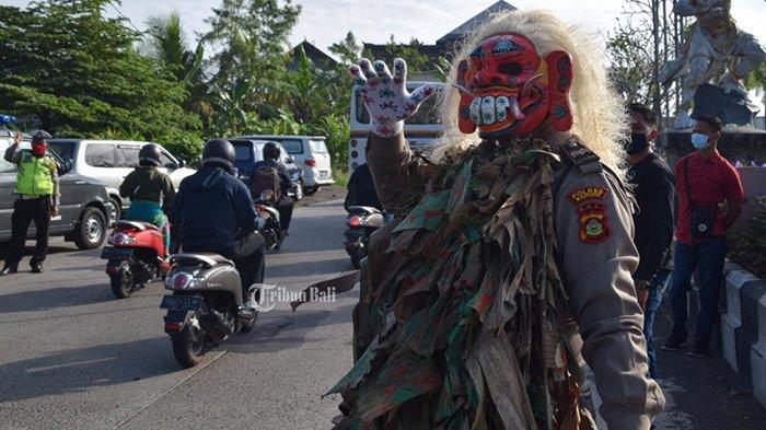 Celuluk Polres Badung Turun Beri Imbauan Penanggulangan Covid-19 dan Sebar Ratusan Masker