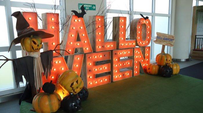 Nuansa Seram Berpadu Keceriaan Semarakkan Halloween di Bandara Ngurah Rai