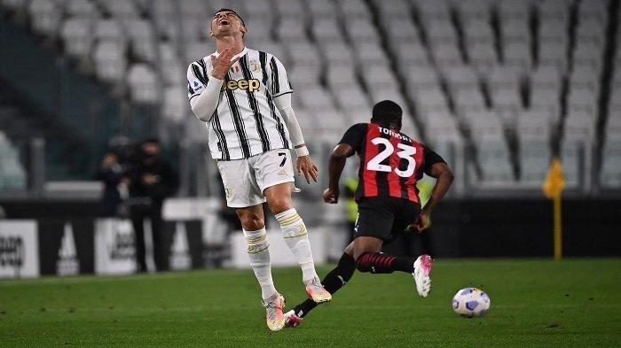 Hot Liga Italia Juventus & PSG Buka Kans Barter Cristiano Ronaldo dengan Icardi, Allegri Beri Sinyal
