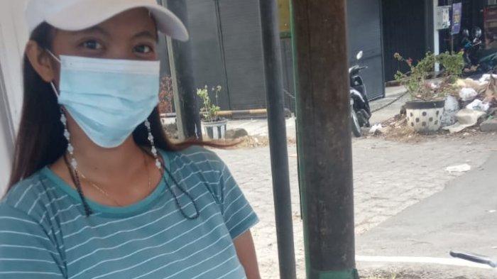 Sosok Iluh, Mahasiswi Cantik Penjual Sate di Jimbaran Bali - dagang-sate-jimbaran.jpg