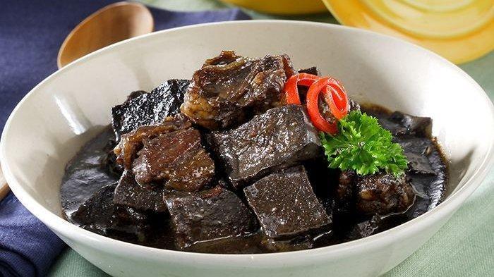Pisahkan Kaldu, Resep Membuat Daging Masak Kecap agar Bumbu Meresap Sempurna