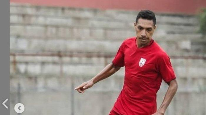 Pemain Persis Solo Delvin Rumbino Beri Respons Usai Dipukul Bek Bali United